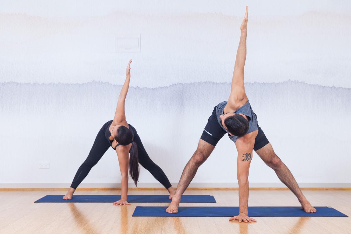 позы йоги для одного картинки могут